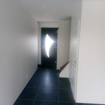 renovation-porte-entree-pvc-isolation-platrerie-peinture-menuistore-valenciennes