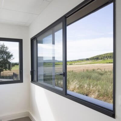 menuiserie-fenêtre-aluminium-gris-anthracite-menuistore-valenciennes